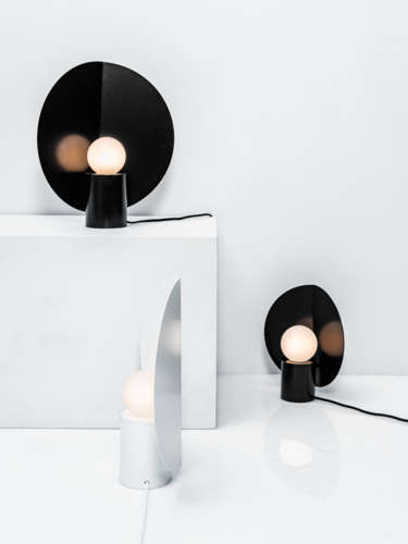 Lollipop_table_lamp_designer_hanna_sarokaari_photo_aleksi_tikkala.JPG